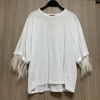 ヌメロヴェントゥーノ(N°21)のヌメロ ファーTシャツ(Tシャツ(半袖/袖なし))