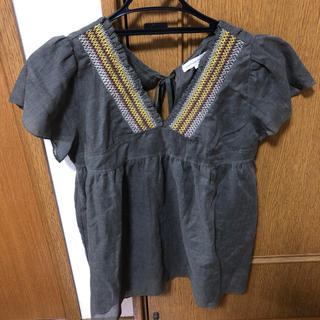 ふんわり刺繍チュニック 半袖 紐(チュニック)