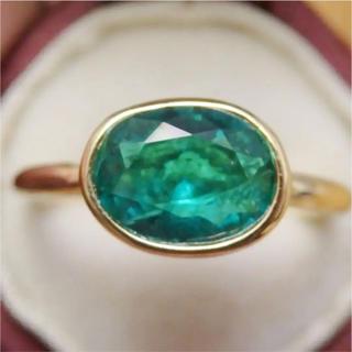 高品質*インドジュエリー風エメラルドグリーンのストーンのゴールドカラーリング指輪(リング(指輪))