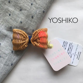 H.P.FRANCE - 新品 yoshiko 籐 籐ブローチ ブローチ リボン
