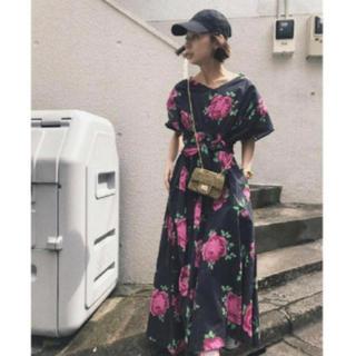 Ameri VINTAGE - アメリヴィンテージフラワー柄ワンピースドレス