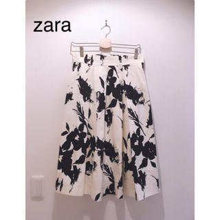 ZARA - zara モノトーン 花柄スカート