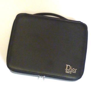 ディオール(Dior)のパリコレDIORレザー調バニティーバッグコスメメイクビューティーノベルティー(ハンドバッグ)