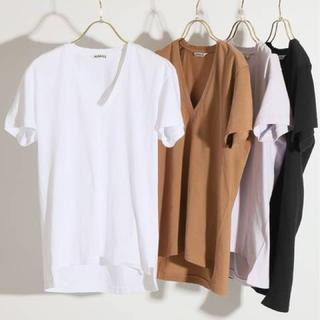 IENA - AURALEE SEAMLESS VネックTシャツ IENAオウラリー