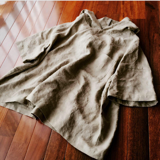 胸ポケットのパーカー  半袖  黄海松茶