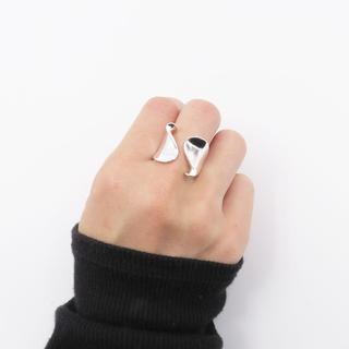 リング 指輪 ねじりワイド シルバー 波 太め レディース 重ね付け(リング(指輪))