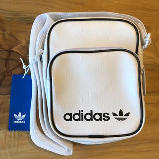 【新品】adidas オリジナルス ショルダーバック ミニバッグ ホワイト