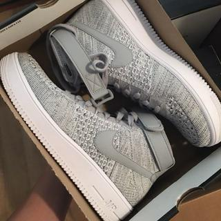 NIKE - Nike Air Force 1 Mid Flyknit