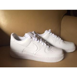 NIKE - Nike Air Force 1's, Jordans