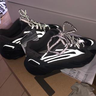 adidas - yeezy700 22cm