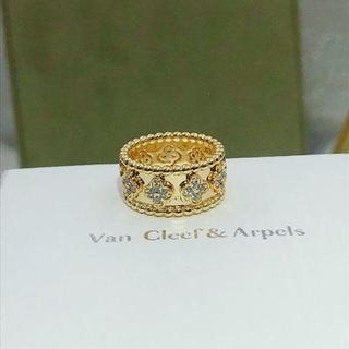 ヴァンクリーフアンドアーペル(Van Cleef & Arpels)のVan Cleef & Arpels リング(リング(指輪))