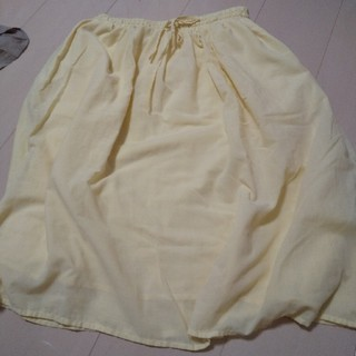 ショコラフィネローブ(chocol raffine robe)のイエロー スカート ショコラフィーネローブ(ひざ丈スカート)