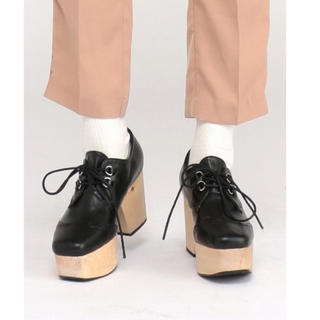 ジュエティ(jouetie)の【最終値下げ】ジュエティ コルクソールウイングチップ(ローファー/革靴)