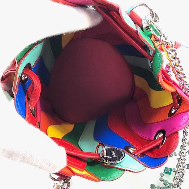 Christian Louboutin(クリスチャンルブタン)のルブタン Christian Louboutin  2Way 巾着バッグ レイン レディースのバッグ(ショルダーバッグ)の商品写真