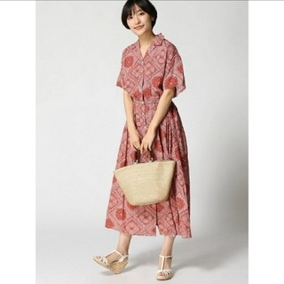LOWRYS FARM - カイキンシャツワンピース レッドペイズリー 夏服 半袖