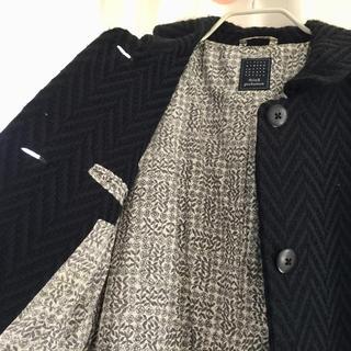 mina perhonen - ミナペルホネン  ヘリンボーン柄の濃紺ロングコート