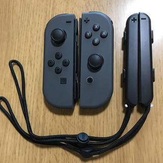ニンテンドースイッチ(Nintendo Switch)のニンテンドースイッチ ジョイコン 純正 任天堂 中古 グレー左右セット 送料無料(その他)