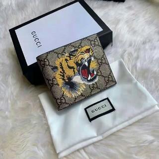Gucci - 大人気 GUCCI 折財布