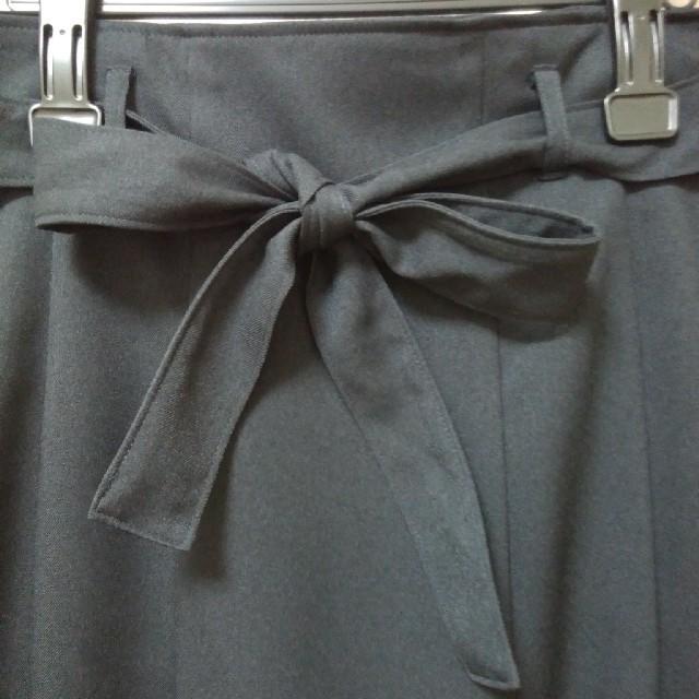 ベルメゾン(ベルメゾン)の濃紺ネイビータックスカート★11号★未使用品 レディースのスカート(ひざ丈スカート)の商品写真