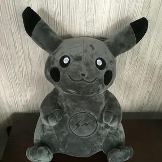 フラグメント(FRAGMENT)のfragment x Pokemon 暗黒ピカチュウ限定ぬいぐるみ(ぬいぐるみ)