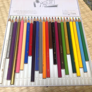 色えんぴつ 24色 セット 中古 スヌーピー 画材 トンボ鉛筆