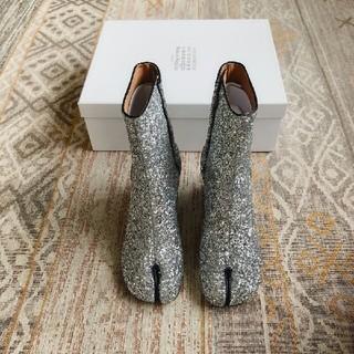 マルタンマルジェラ(Maison Martin Margiela)のMasion Margielaメゾン マルジェラ シルバー ブーツ足袋(バレエシューズ)
