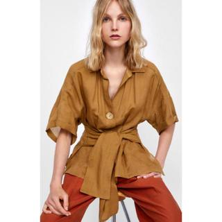 ザラ(ZARA)の新品未使用 ZARA  ブラウン シャツ(シャツ/ブラウス(半袖/袖なし))