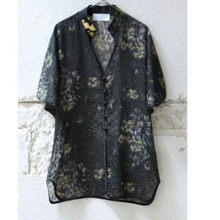 マメ(mame)のmame シルクラメプリントシャツ(シャツ/ブラウス(半袖/袖なし))