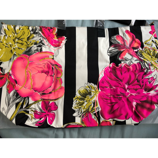 Victoria's Secret(ヴィクトリアズシークレット)のVictoria's secret  レディースのバッグ(ボストンバッグ)の商品写真