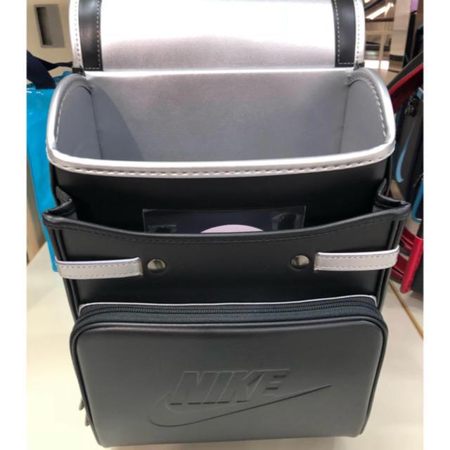 NIKE(ナイキ)のナイキ ランドセル ブラック シルバー 2020年モデルBA6385 販売店直送 キッズ/ベビー/マタニティのこども用バッグ(ランドセル)の商品写真