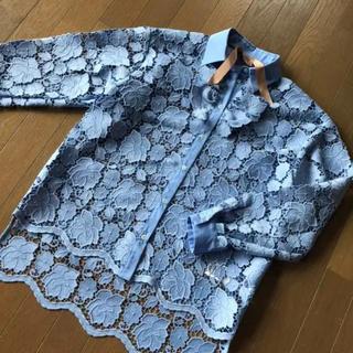 ヌメロヴェントゥーノ(N°21)の美品 N°21 レースブラウス ブルー系(シャツ/ブラウス(長袖/七分))