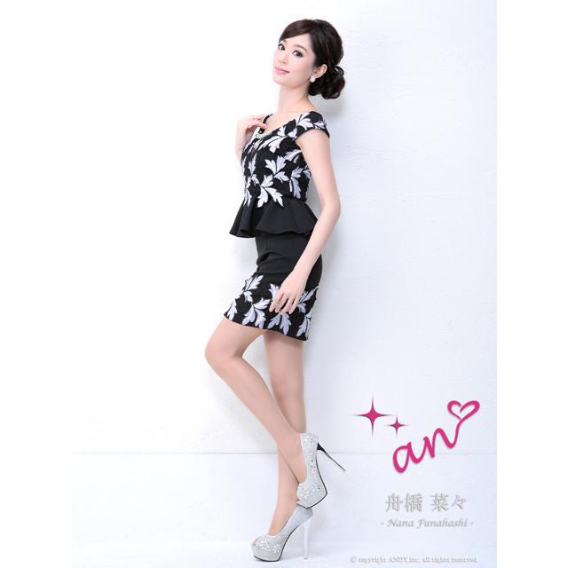 an(アン)のキャバ ドレス an AOC-2502 Sサイズ 新品 未使用 送料込み レディースのフォーマル/ドレス(ナイトドレス)の商品写真