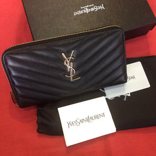 Yves Saint Laurent Beaute - YSL長財布