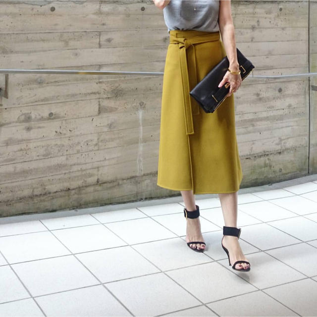 celine(セリーヌ)のceline セリーヌ マディソンブルー ロンハーマン ドゥーズィエムクラス レディースのスカート(ひざ丈スカート)の商品写真