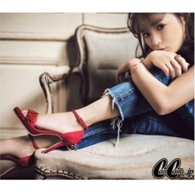 DIANA(ダイアナ)のDiana まいまいコラボフラワーサンダル レディースの靴/シューズ(サンダル)の商品写真