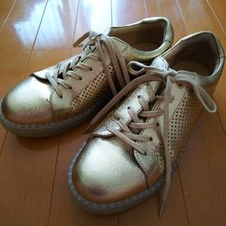 アシックス(asics)のASICS WALKING GIRO ゴールド24.0センチ(スニーカー)