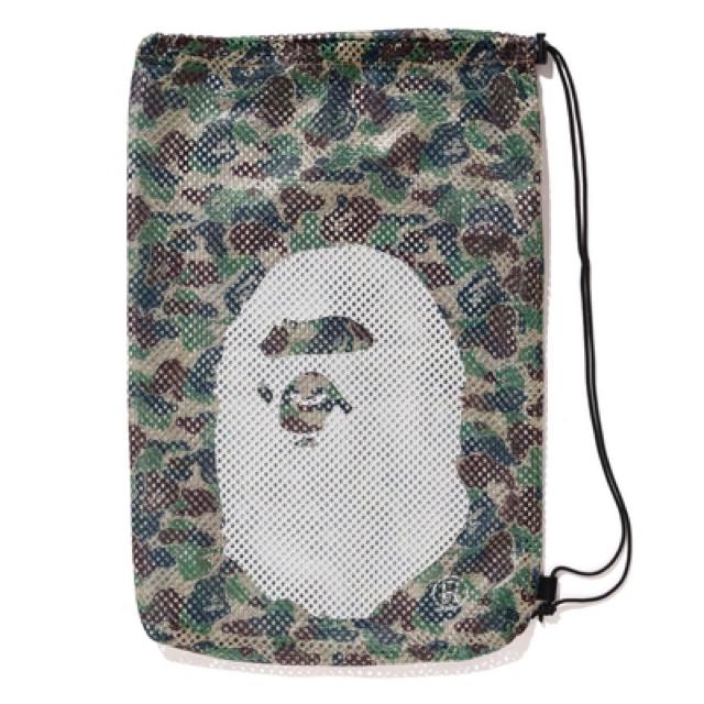 A BATHING APE(アベイシングエイプ)の即完売!【 BAPE X ARENA 】メッシュバッグ新品 メンズのバッグ(その他)の商品写真