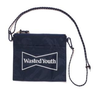 GDC - (F) Wasted Youth サコッシュ × Ploom Tech