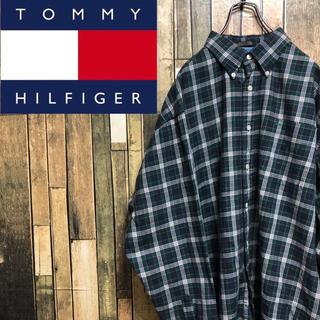 トミーヒルフィガー(TOMMY HILFIGER)の【激レア】トミーヒルフィガー☆ワンポイントフラッグ刺繍ロゴ入りチェックシャツ(シャツ)