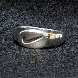 ナイキ(NIKE)のナイキ・スヲシュ・NIKE/1980年代・シルバー925・送料込(リング(指輪))