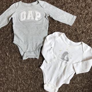 babyGAP - GAP ♡ 長袖ロンパース ♡ 長袖肌着 ♡ 2枚セット