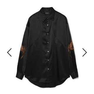 クリスチャンダダ(CHRISTIAN DADA)のChristianDADA サテン 刺繍 シャツ(シャツ)