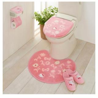 ハローキティ(ハローキティ)のキティ トイレ4点セット トイレマット カバー スリッパ 限定1つ(トイレマット)