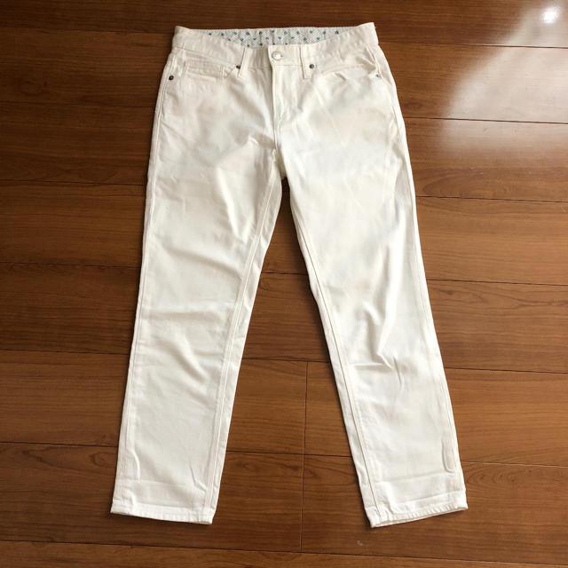 GU(ジーユー)のガールフレンドパンツ ホワイトgu M レディースのパンツ(デニム/ジーンズ)の商品写真