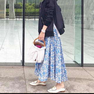 Drawer - 2019Drawer リゾートコレクション2の花柄プリーツスカート