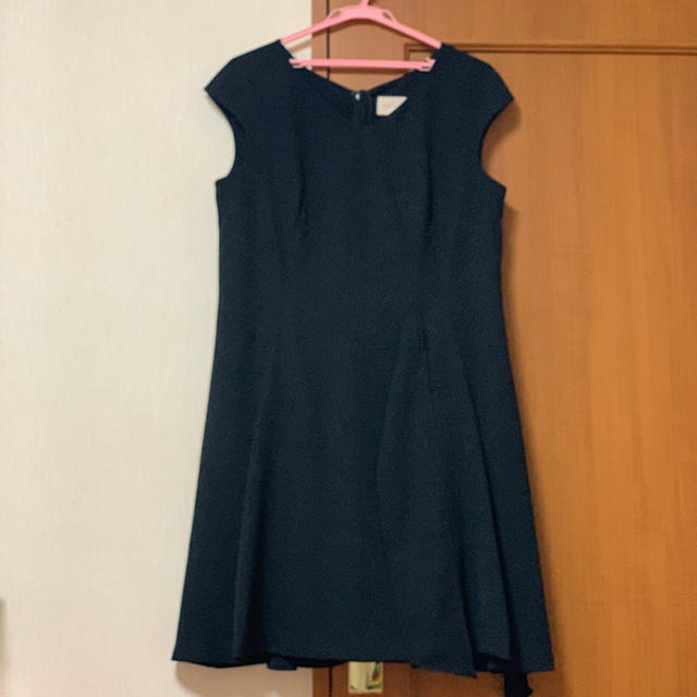 Rose Tiara(ローズティアラ)の今期 ローズティアラ  丈直し有 短め 42 ワンピースドレス レディースのワンピース(ひざ丈ワンピース)の商品写真