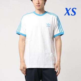 アディダス(adidas)の【メンズXS】白/水色  3ストライプス Tシャツ(Tシャツ/カットソー(半袖/袖なし))