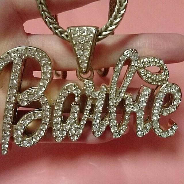 Barbie(バービー)のbarbieロゴネックレス♥ゴールド レディースのアクセサリー(ネックレス)の商品写真