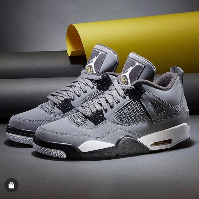 NIKE(ナイキ)のair jordan retro 4 cool grey メンズの靴/シューズ(スニーカー)の商品写真