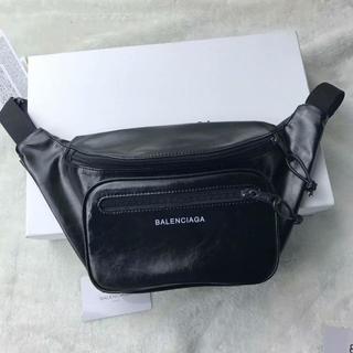 Balenciaga - BALENCIAGA ボディーバッグ ウェストバッグ 大容量